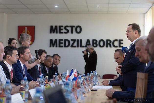 Spotkanie w Urzędzie Miasta Medzilaborce. Fot. Michal Mielniczuk