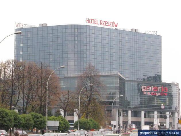Radni wyrazili zgodę na zabudowę podcieni Galerii Rzeszów