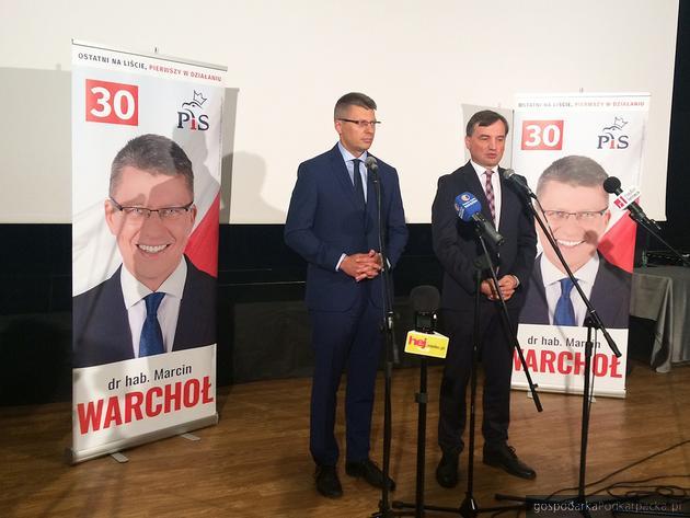 Od lewej Marcin Warchoł i Zbigniew Ziobro