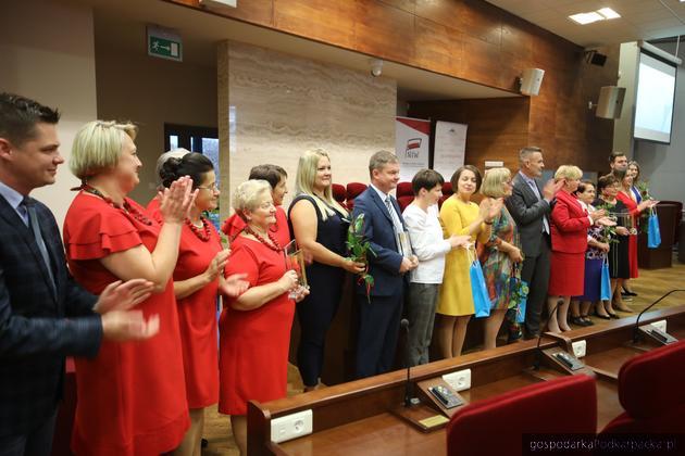 Przedstawiciele nagrodzonych organizacji. Fot. Daniel Kozik