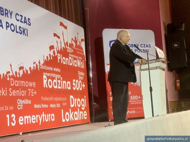 Jarosław Kaczyński na konwencji w Krośnie. Fot. Twitter/@pisorgpl