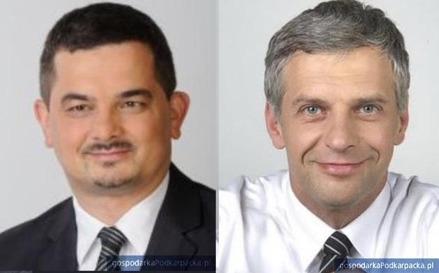 Od lewej Krzysztof Sobolewski (PiS) i Paweł Poncyljusz (KO)