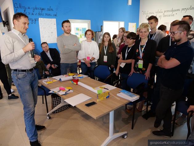 Warsztaty design thinking Google w Podkarpackim Centrum Innowacji