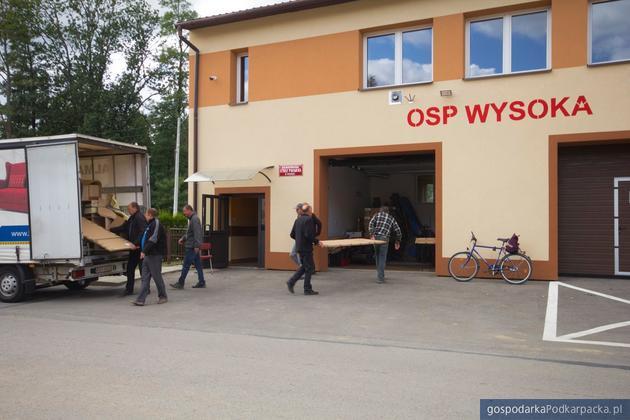 """""""Uniwersytet Samorządności"""": nowe wyposażenie budynku OSP w Wysokiej"""