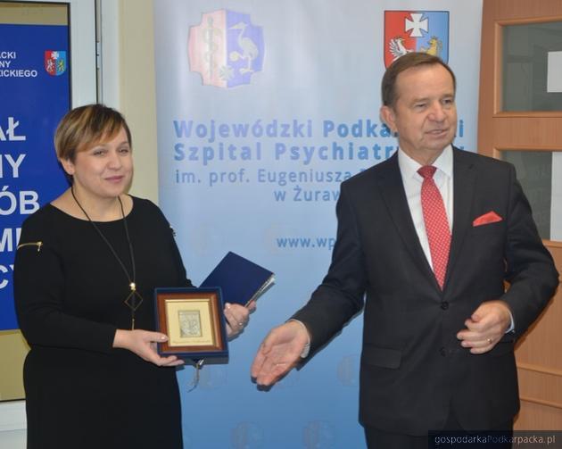 Od lewej Barbara Stawarz i marszałek Władysław Ortyl