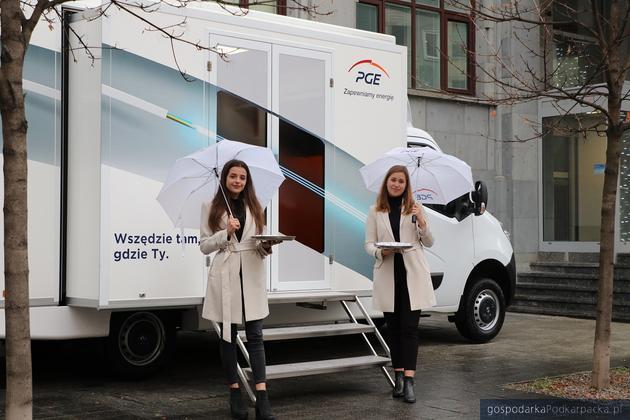PGE Obrót prezentuje mobilne Biuro Obsługi Klienta