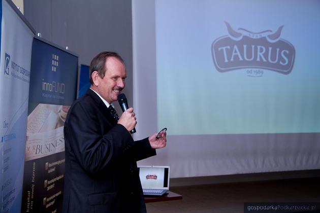 Członekiem klastra jest m.in. Taurus. Na zdj. Fryderyk Kapinos, dyrektor marketingu firmy. Fot. Archiwum