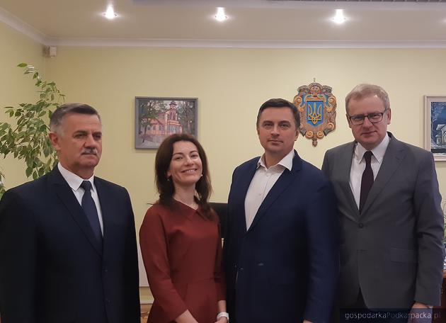 Wizyta w Truskawcu. Od lewej Jóżef Jodłowski, Tatiana Herhel, Dawid Lasek i Andrij Kulczynski