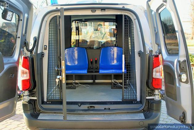 Straż Miejska w Dębicy ma nowy samochód