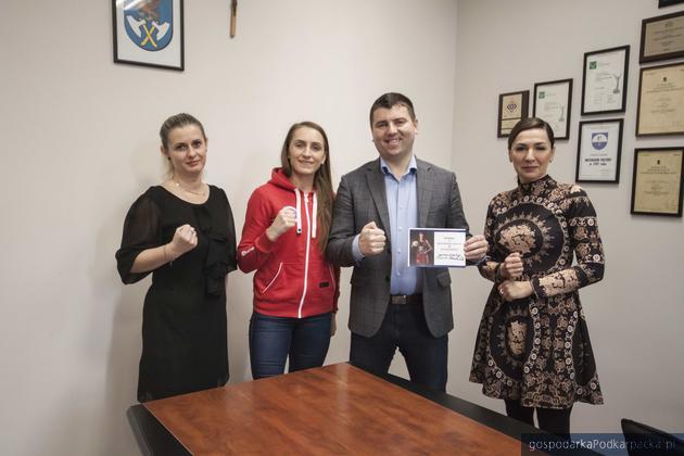 Iwoną Nierodą-Zdziebko wspiera fundusz stypendialny Gminy Łańcut