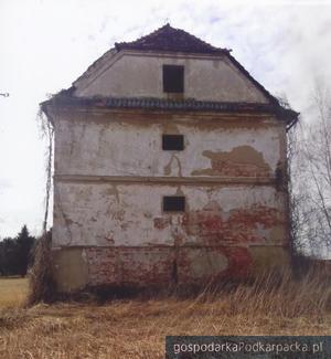 Zabytkowy spichlerz w Trzcianie zostanie odnowiony
