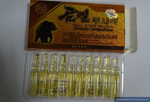 Przemyt preparatów z niedźwiedzią żółcią w Medyce