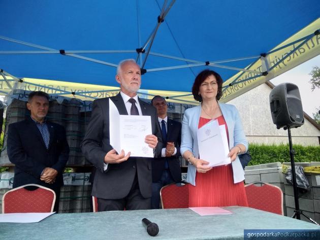 Prezydent Dariusz Bożek i wojewoda Ewa Leniart