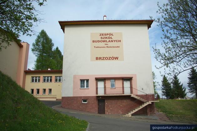 Aż 13 ofert na budowę nowych warsztatów Zespołu Szkół Budowlanych w Brzozowie