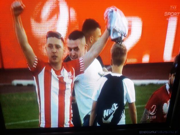 Resovia wygrywa derny i wchodzi do I ligi piłki nożnej