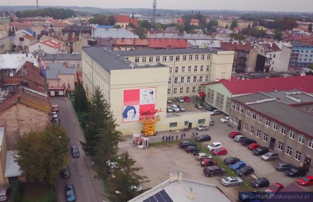 Lotnicy z Jarosławia upamiętnieni na muralu