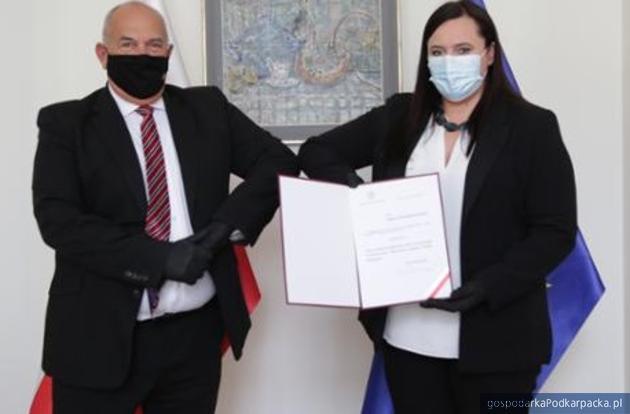 Tadeusz Kościński i Małgorzata Jarosińska-Jedynak. Fot. MFiPR