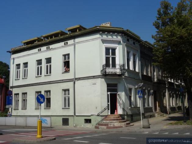 Kamienica przy ul. Reformackiej 1 przed odnowieniem. Fot. Urząd Miasta Rzeszowa