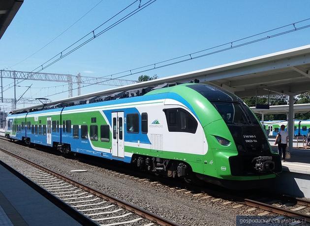 Podpisanie umowy na budowę Kolei Aglomeracyjnej. Będzie połączenie kolejowe Rzeszów-Jasionka i nie tylko