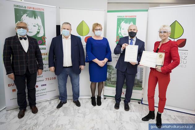 """Fundacja """"Akogo?"""" laureatem czwartej edycji nagrody im. Józefa Ślisza"""