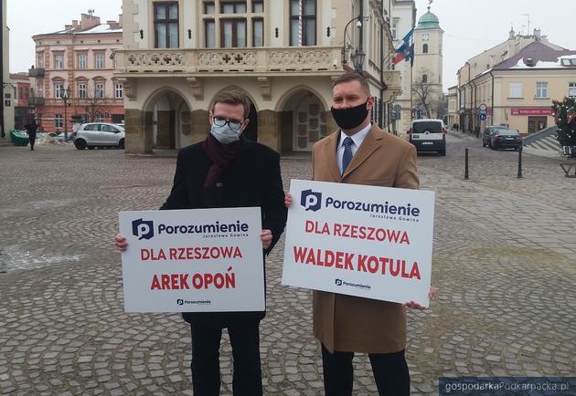 Od lewej Arkadiusz Opoń i Waldemar Kotula. Fot. Adam Cyło