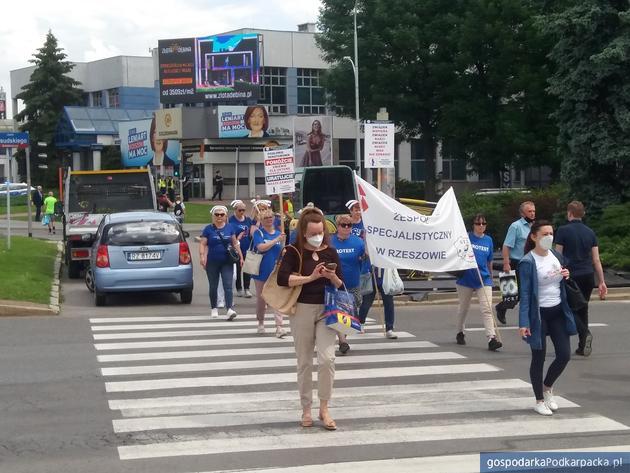 Protest pielęgniarek w centrum Rzeszowa