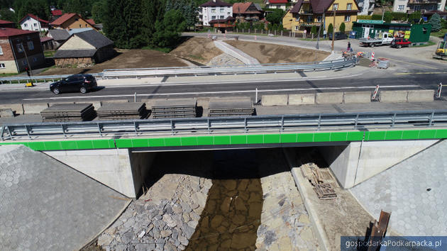Kończy się budowa mostu w Jasienicy Rosielnej