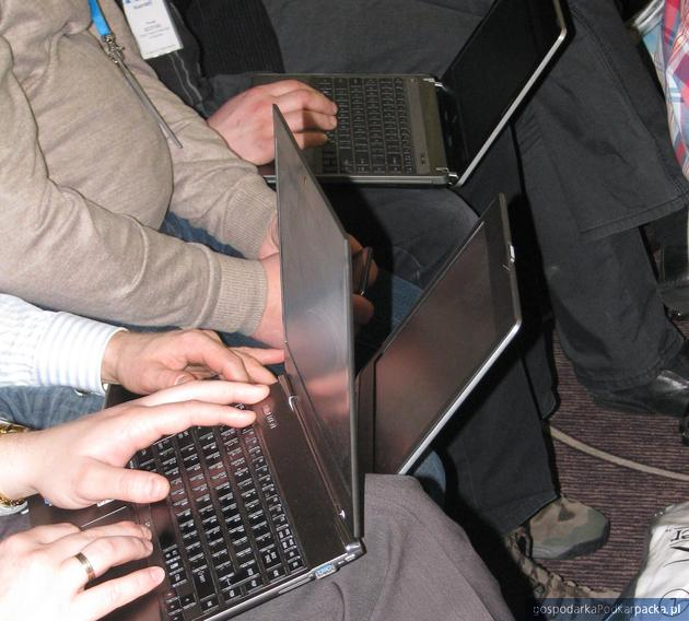 Dotacje 8.2 ma wdrażanie elektronicznego biznesu B2B