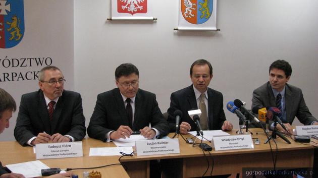 Od lewej Tadeusz Pióro, Lucjan Kuźniar, Władysław Ortyl i Bogdan Romaniuk. Fot. Adam Cyło
