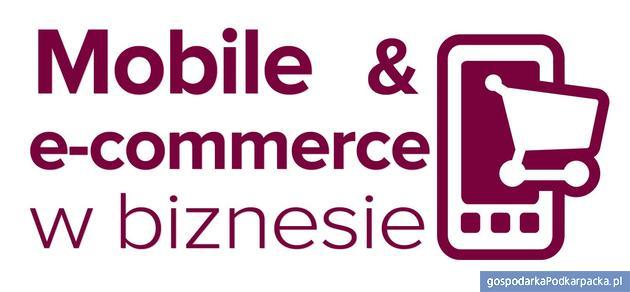Czego oczekują klienci w handlu mobilnym i internetowym?