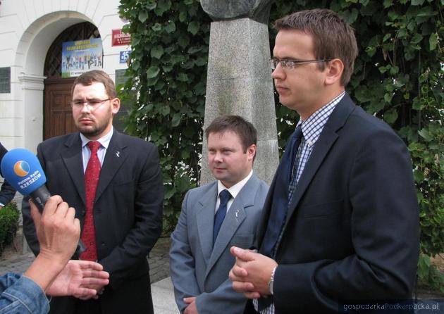 Od lewej Paweł Skoczowski, Grzegorz Lepianka i Grzegorz Pastuszko. Fot. Adam Cyło