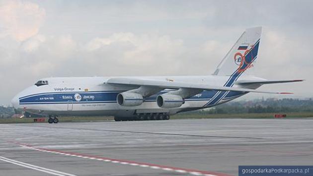 Lądowanie Rusłana w Jasionce w lipcu 2011 roku. Fot. Adam Cyło/Virtus