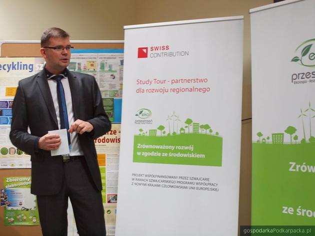 Jacek Adamowicz podczas konferencji w ZSO nr 3 w Rzeszowie