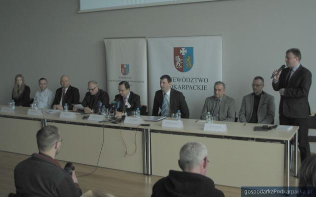 Konferencja prasowa w Inkubatorze RARR. Fot. Adam Cyło