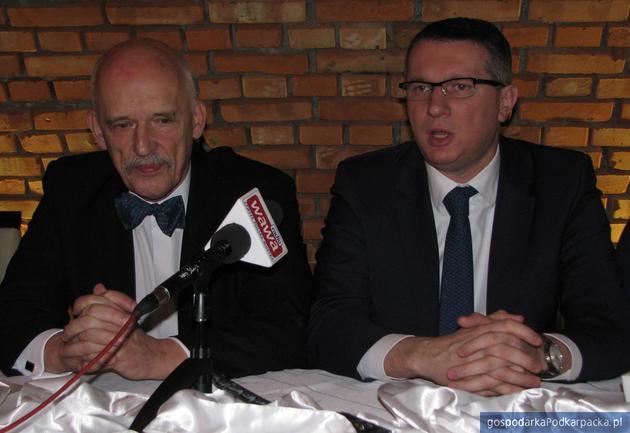 Od lewej Janusz Korwin-Mikke i Przemysław Wipler. Fot. Adam Cyło